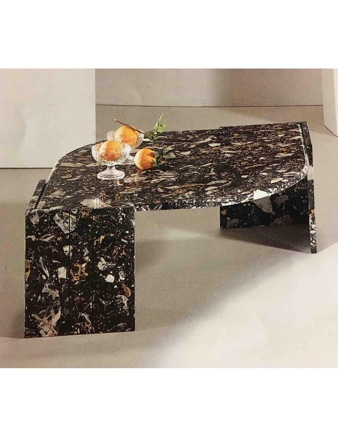 Tavolino da salotto a goccia tutto in marmo colore nero for Tavolino salotto nero